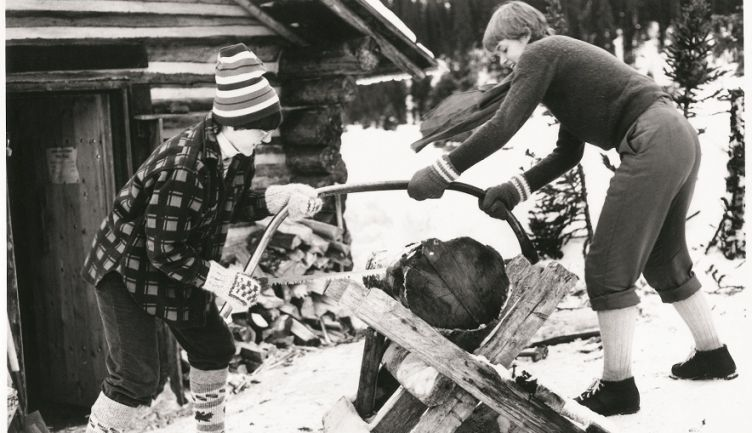 Origins of the Outdoor Education program at Strathcona-Tweedsmuir School