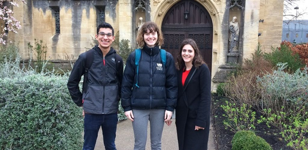 STS competes at the Oxford Union