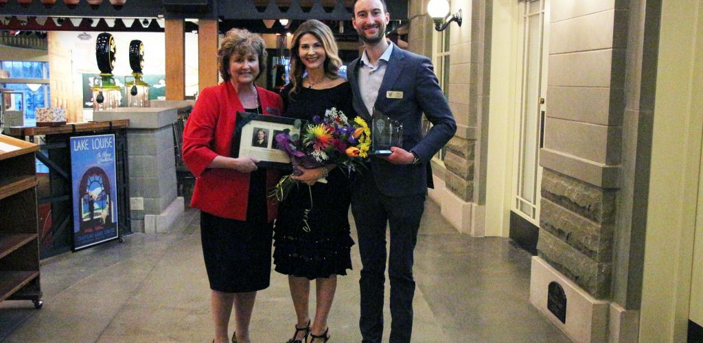 STS Celebrates its 12th Annual Calgary Alumni Dinner